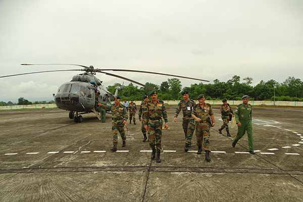 Army Chief Visits Eastern Command