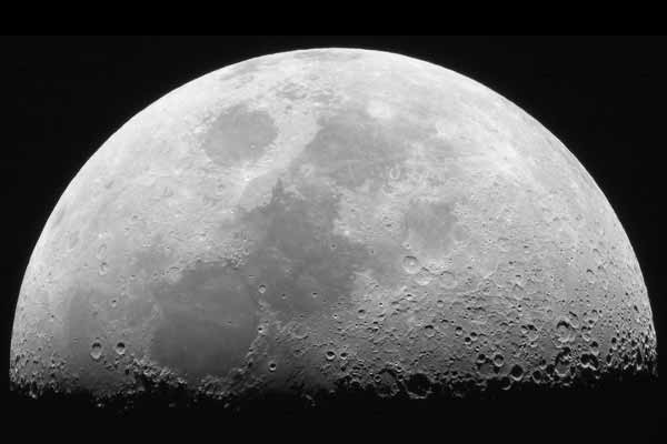 Dark Side of the Moon: China plans to explore the Moon
