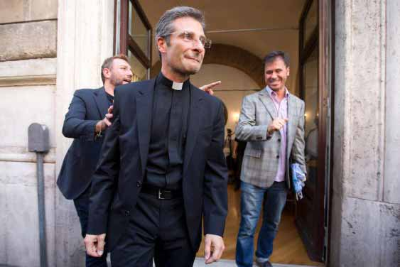 High-ranking Polish Priest announces he's gay on Eve of Synod, earns Vatican's fury