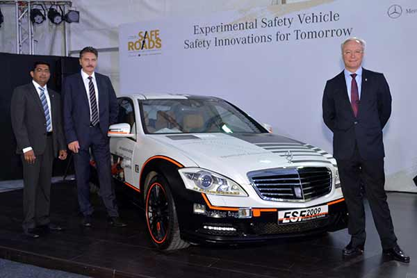 Mercedes-Benz drives in road safety awareness in Pune; showcases the unique CSR initiative 'Safe Roads'