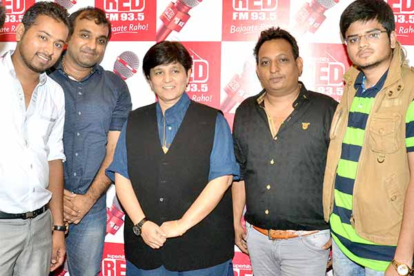 Dandiya Queen Falguni Pathak visited Red FM studio to promote her upcoming event Raas Garba 2015 with Ta Thaiya Group