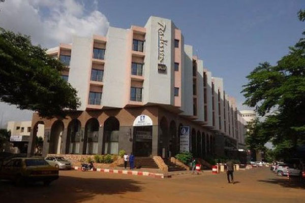 """2 People """"locked-in"""" 170 guests, staff hostage in Bamako Hotel"""