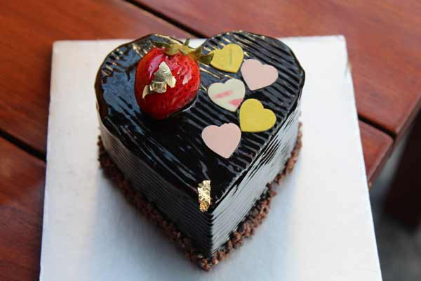 Love is in the air and so are the festivities at JW Marriott Pune this Valentine