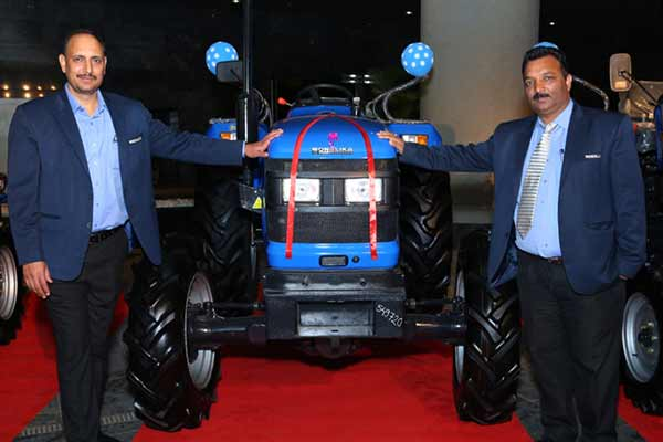 "Sonalika ITL unveils technologically advanced ""DI 750 III HDM"", ""Rx 47 4WD"" and ""GARDENTRAC 22"" for Maharashtra farmers"