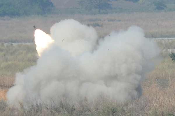 Philippines war games: US fires missiles near South China Sea