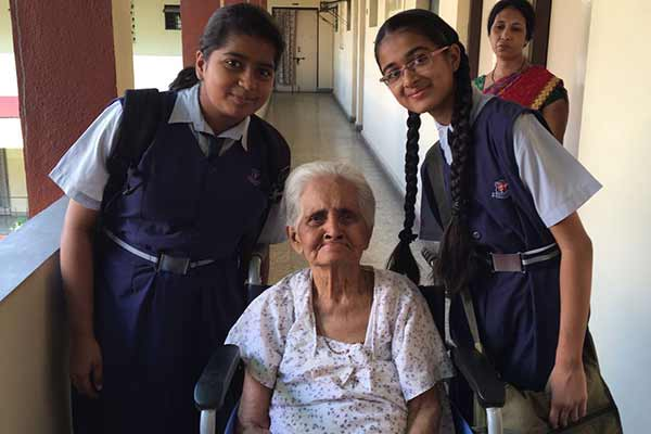 Visit to an old age home