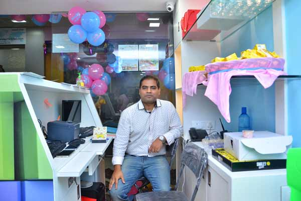 Ronita Mukherjee Bhatia & Amit Amlani opened the first ever Baccha Party- Indoor Soft Play School