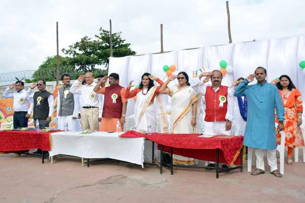 RCP INSPIRA flag hoisting at Shree Atma Vallabh English High School by hands of Rotary District Governor