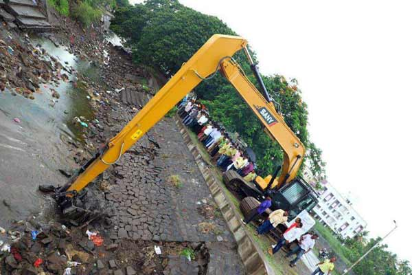 SANY India joins hands with Environmental Forum Of India for canal cleaning in Baramati