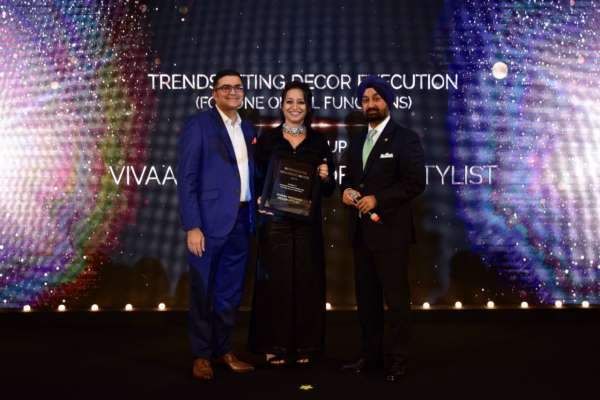 Taljinder Singh and Parthip Thyagarajan awarded Vivaah for 'Trendsetters wedding design and decor execution'