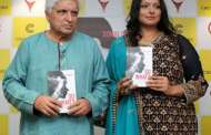 Javed Akhtar launched IRS Sonal Sonkavde's new book So What at Crossword,Juhu