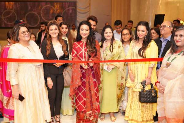 ROYAL FABLES INAUGURATED BY MRS. AMRUTA FADNAVIS