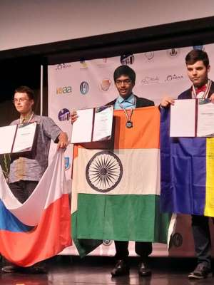 Aakash Institute student Chirag Falor does India proud, bags Gold medal at the 13th International Olympiad on Astronomy and Astrophysics held in Hungary