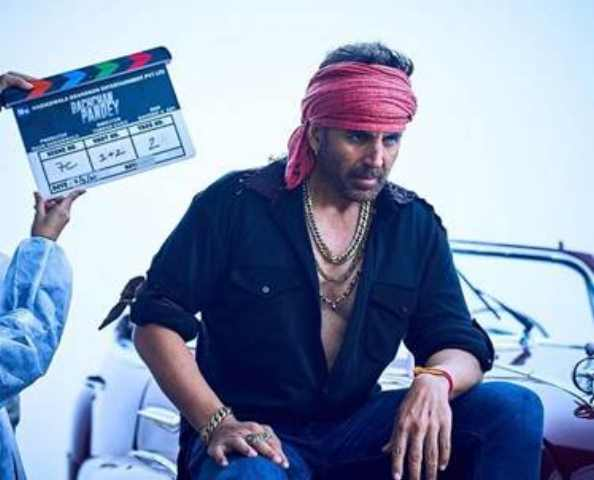 AKSHAY KUMAR LOOKS THE PART AS HE BEGINS FILMING FOR HIS NEXT BLOCKBUSTER BACHCHAN PANDEY