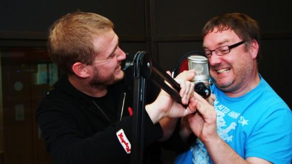 Stian Eliassen og Birger Vestmo er begge nominert til å bli årets radio-DJ. (Foto: Katrine Opdahl, NRK P3)