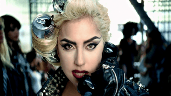 Lady Gaga er et populært søk i google. (Foto: Promo)