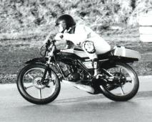 Track_Neil_moped2000