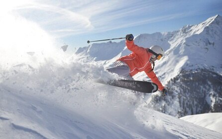 Discover our 20 all-inclusive ski resorts in the Alps, ideal for getaways with family, friends or that special someone.