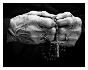Rosario (Sabatina Ntra. Sra. del Rocío) @ Parroquia Nuestra Señora de los Apóstoles | Madrid | Comunidad de Madrid | España