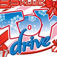 Giving Back to the Community: KLUC Toy Drive #GivingBackToTheCommunity #FeelTheTingle #HolidayMemories #WantToHELP #KLUCTOYDRIVE