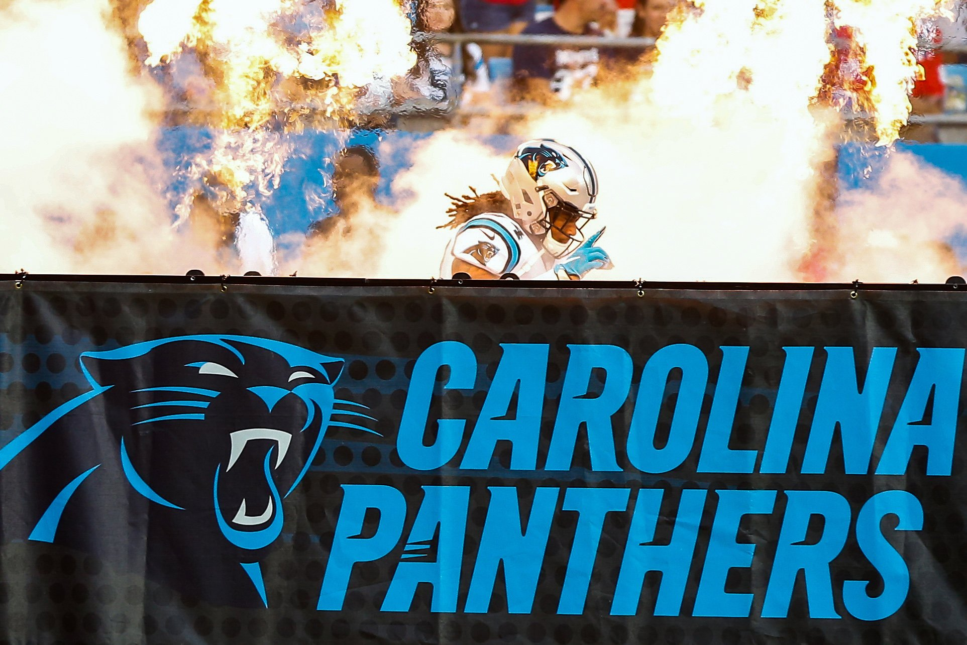 Panthers coach resigns amid vague text allegations