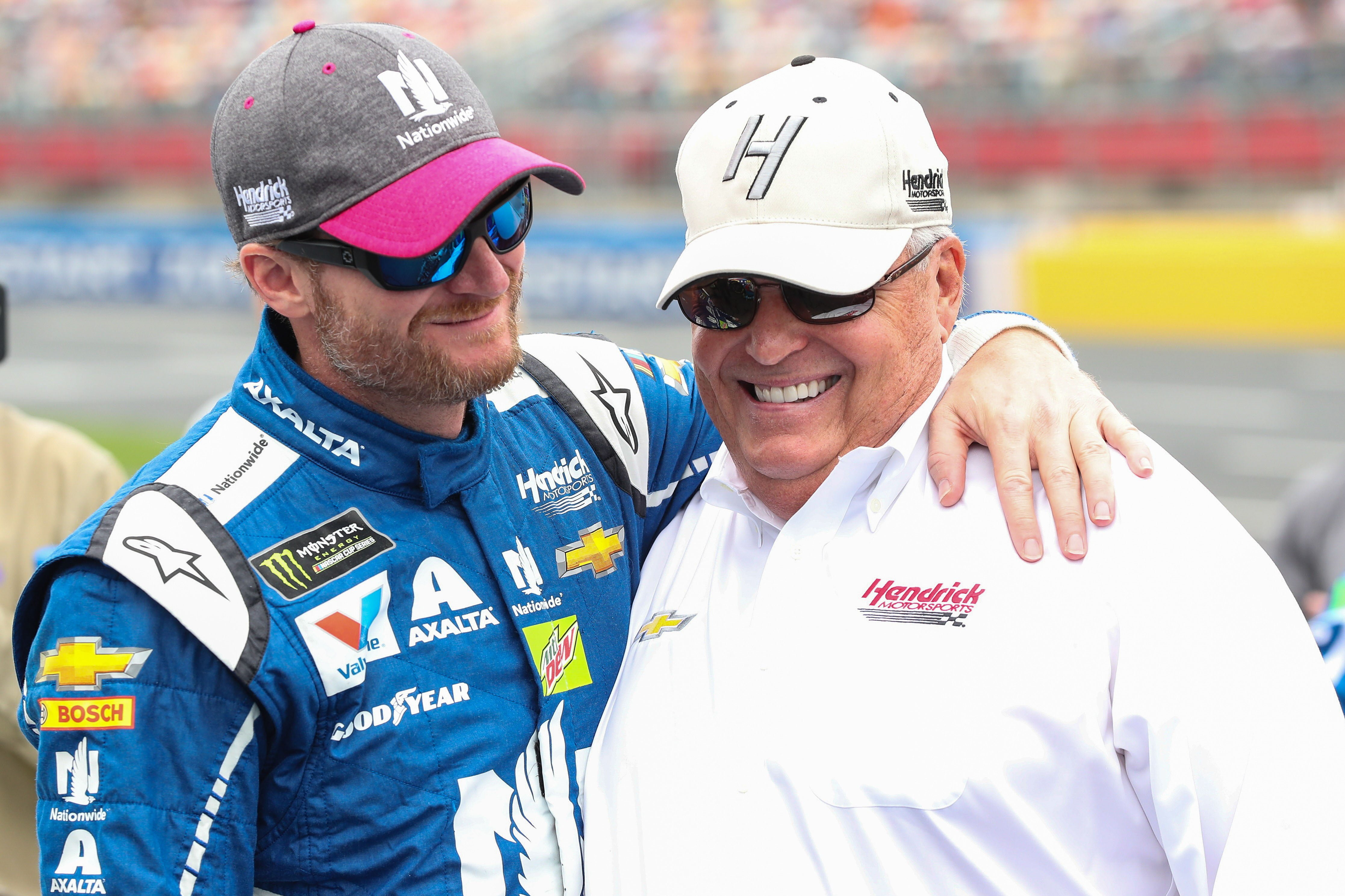 Talladega gifts Dale Earnhardt Jr. with dad's '79 Monte Carlo