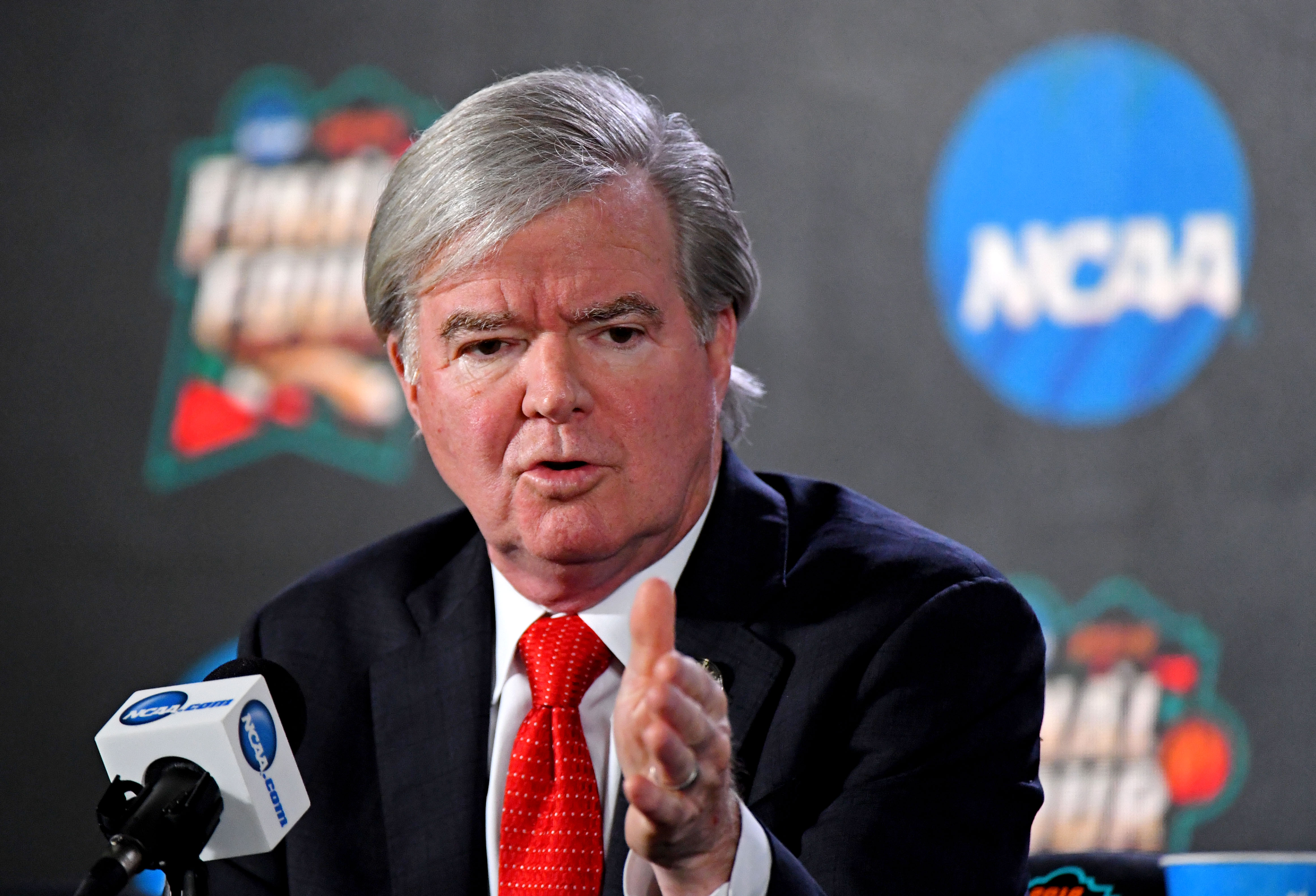 Here are 5 major recommendations from the Commission on College Basketball