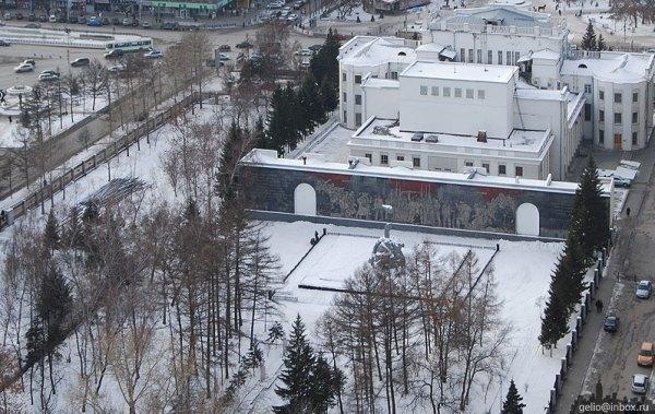 Сквер Героев Революции (Мемориальный сквер Павших в годы ...
