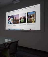 Clarus Projection Screen