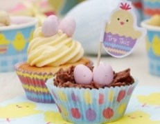 Big-Web-596102-Easter-Cake-Cases-and-Picks