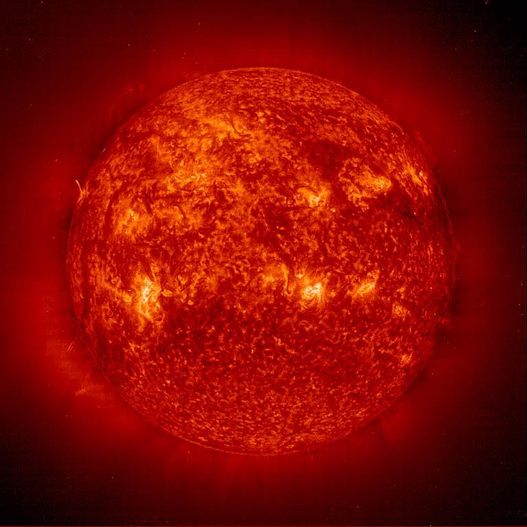 https://i1.wp.com/nssdc.gsfc.nasa.gov/image/solar/eit_sl_304.jpg