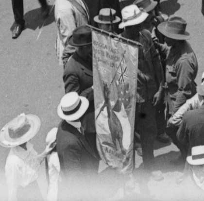 Detail of Fig 7: Arrival of the Kangaroos, Sydney, 7/1/1916.
