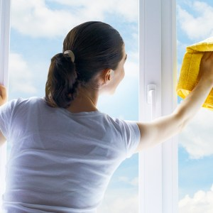 Why should you hire professional office cleaning services?