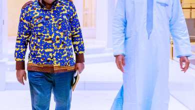 Photo of Buhari holds closed-door meeting with Ghanaian president