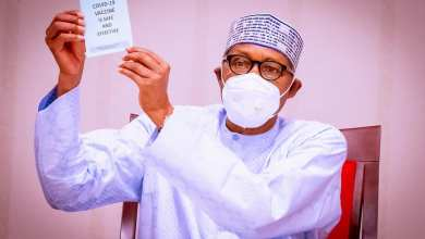 Photo of COVID-19: Buhari Urges Nigerians to take the Vaccine after receiving Jab on live TV