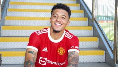 Photo of Jadon Sancho: England winger completes £73m move to Manchester United from Borussia Dortmund