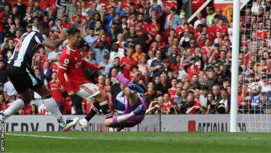 Photo of Ronaldo scores twice in Stunning Man Utd return to see off Newcastle
