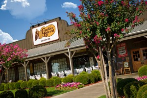 Cracker-Barrel-Store-front