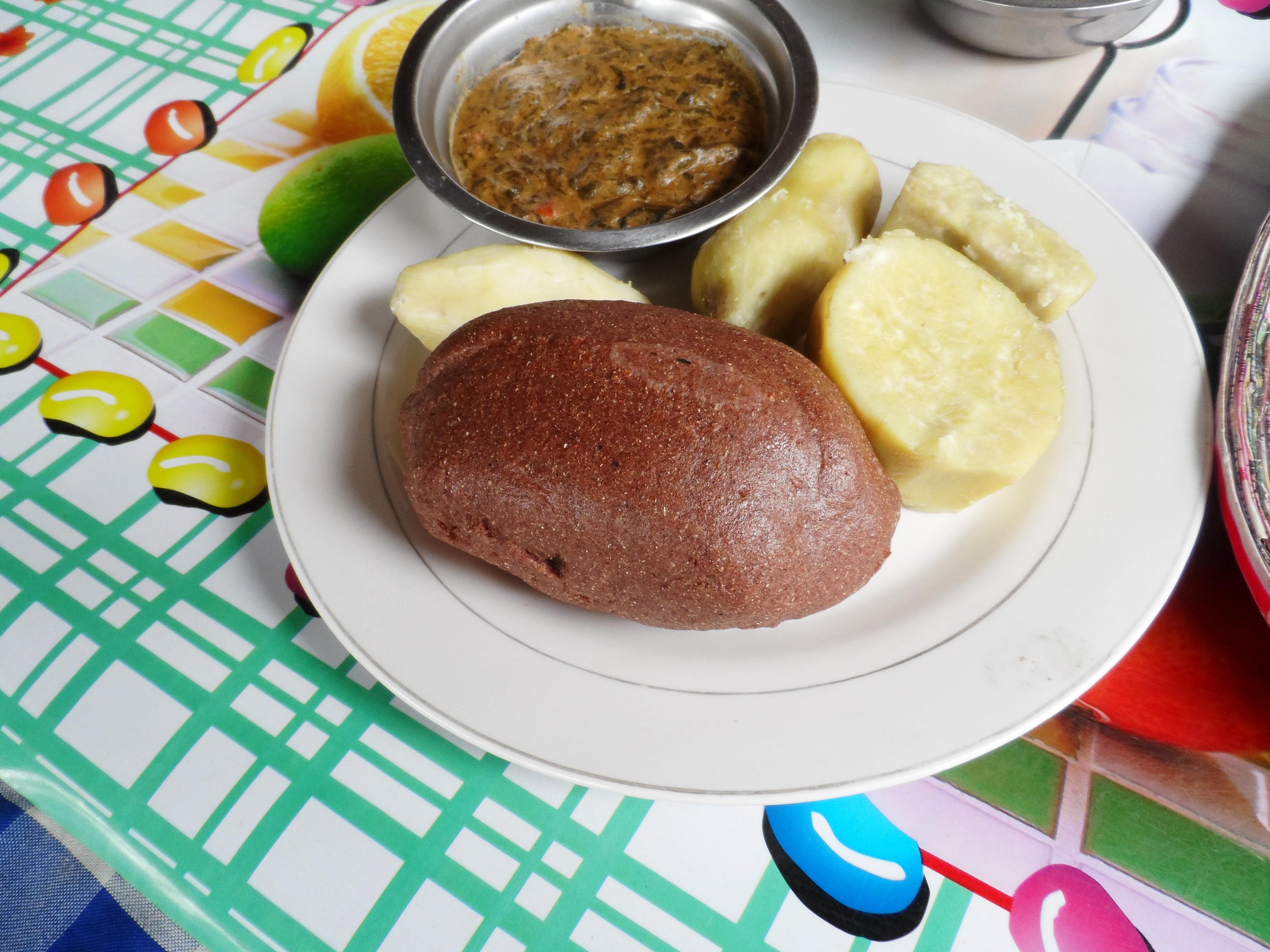 millet-bread-potatoes-and-malakwangbowl