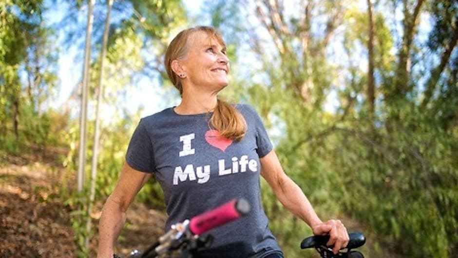 2 Knee Replacements Didn't Stop This Former Triathlete