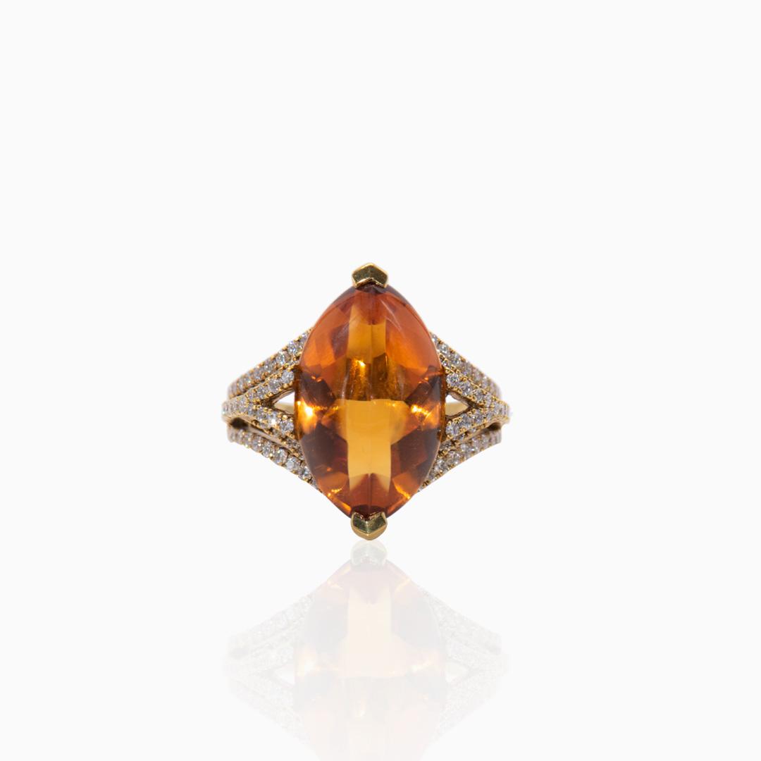 Anillo de Oro Cuarzo Citrino y Diamantes