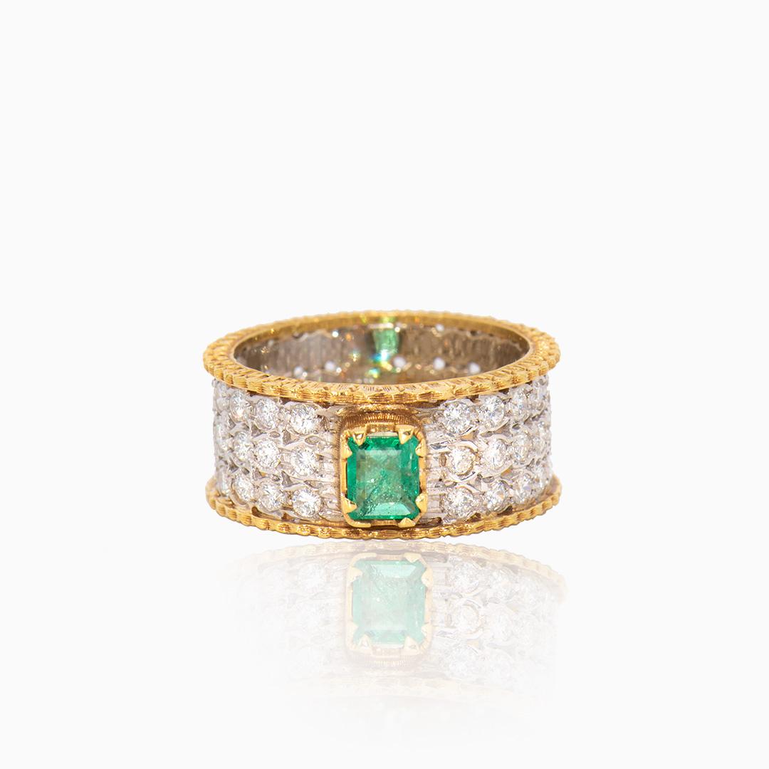 Anillo de Oro y Oro Blanco con Diamantes y Esmeralda