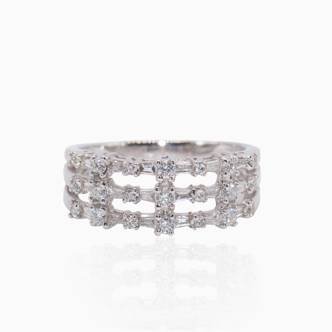Anillo Oro Blanco y Diamantes tres Alianzas
