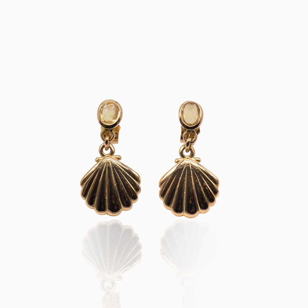Pendientes de Oro Concha y Zafiro Amarillo