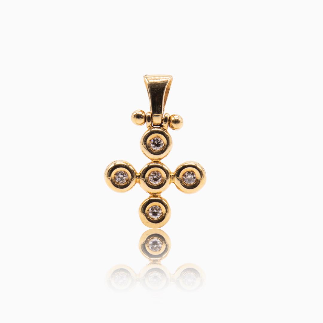 Colgante de Oro y Diamantes con forma de Cruz