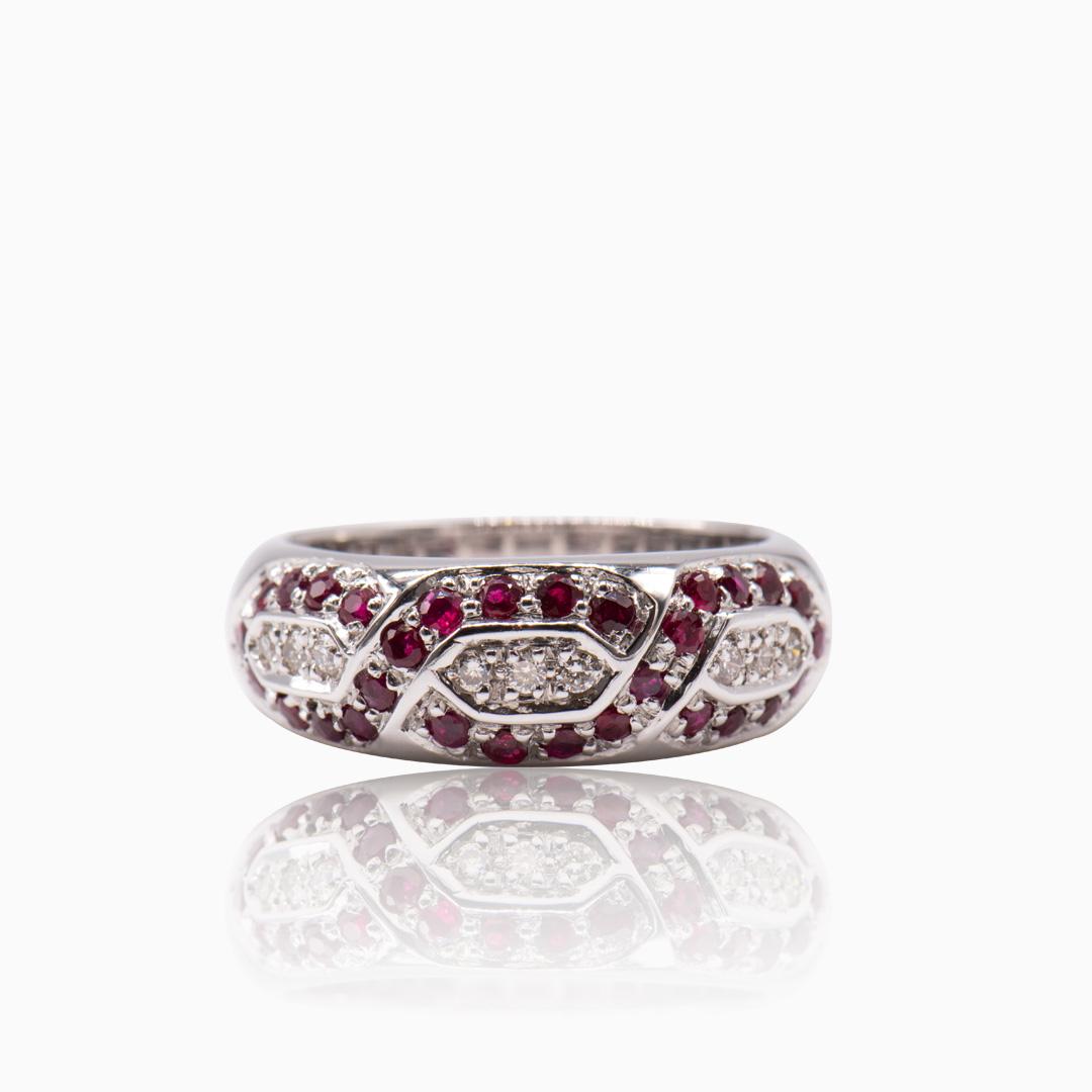 Anillo Oro Blanco Rubíes y Diamantes