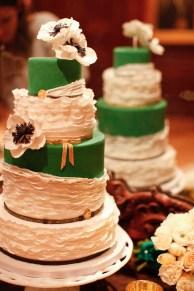emerald-green-wedding-cake-inspiration-ideas