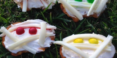 Halloween Mummy Crackers: Easy Pretzel Crisps Recipe
