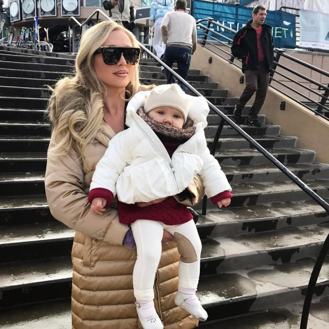 Arabellas first ski trip! Believe it or not these littlehellip