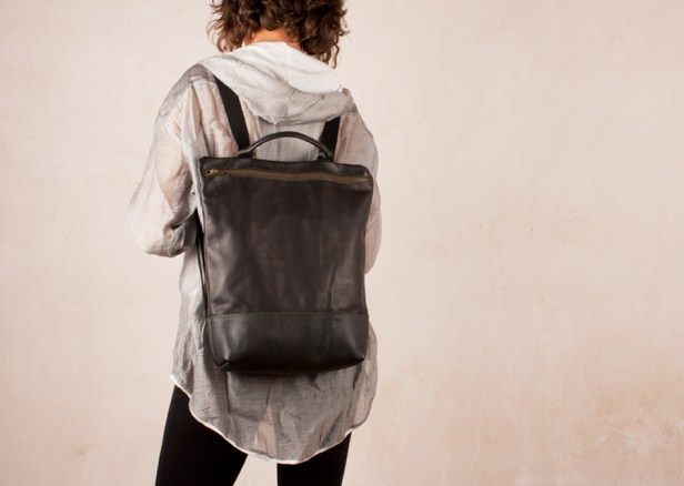 Leather backpack Hibrid Blacks